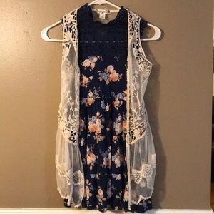 Girls vintage dress